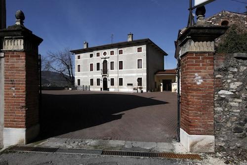 __{offers.Best_flights}__ Albergo Ristorante Giulietta e Romeo