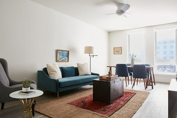 Charming 2BR in Lower Allston by Sonder photo