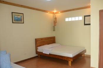 PAMANA BEACH RESORT Room