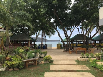 PAMANA BEACH RESORT