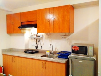 MOLDEX RESIDENCES BY TRIPSTERS HUB In-Room Kitchenette