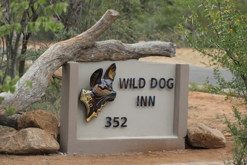 Wild Dog Inn, Mopani