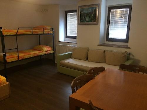 Haris Youth Hostel, Sarajevo