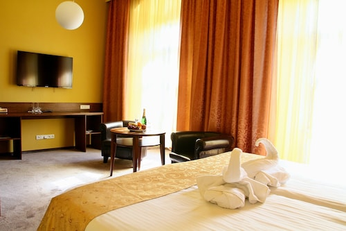 . Hotel Baltaci Starý Zámek