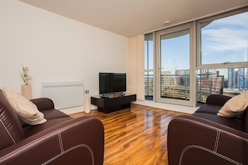 Stunning 2 Bed Apartment with Amazing Views