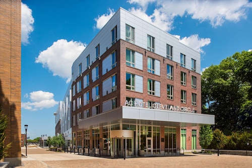 . AC Hotel by Marriott Boston Cleveland Circle