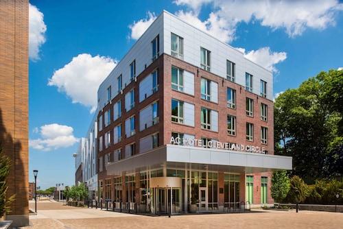 AC Hotel by Marriott Boston Cleveland Circle, Suffolk