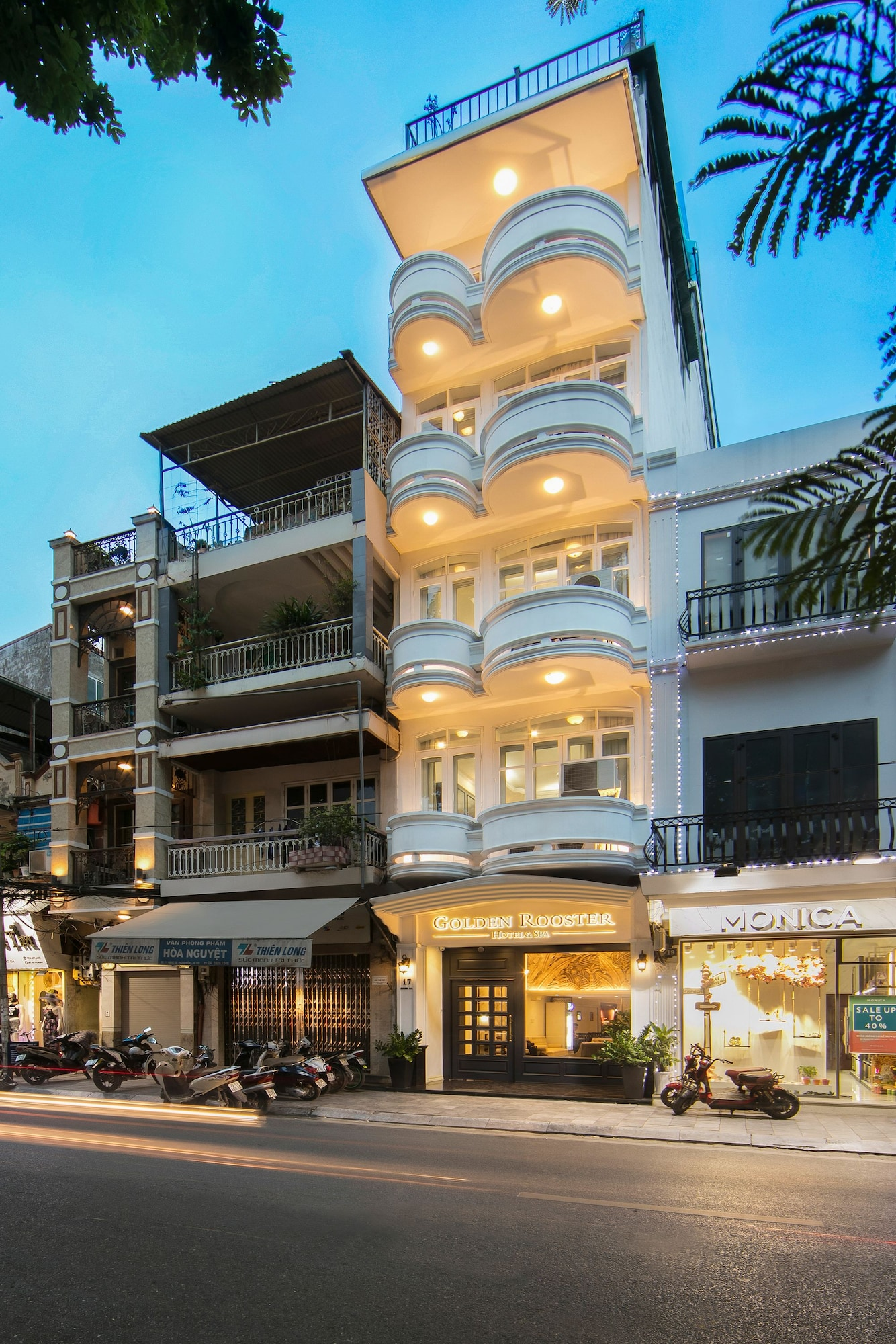 Golden Rooster Hotel, Hoàn Kiếm