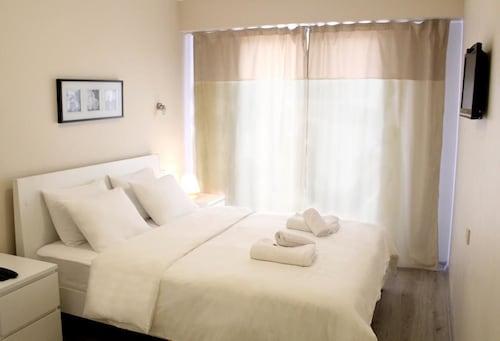 Nemrut Bay Otel, Foça