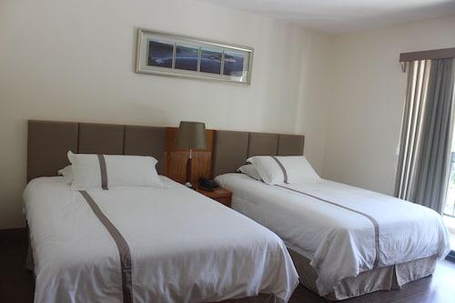 Saipan Beach Hotel,