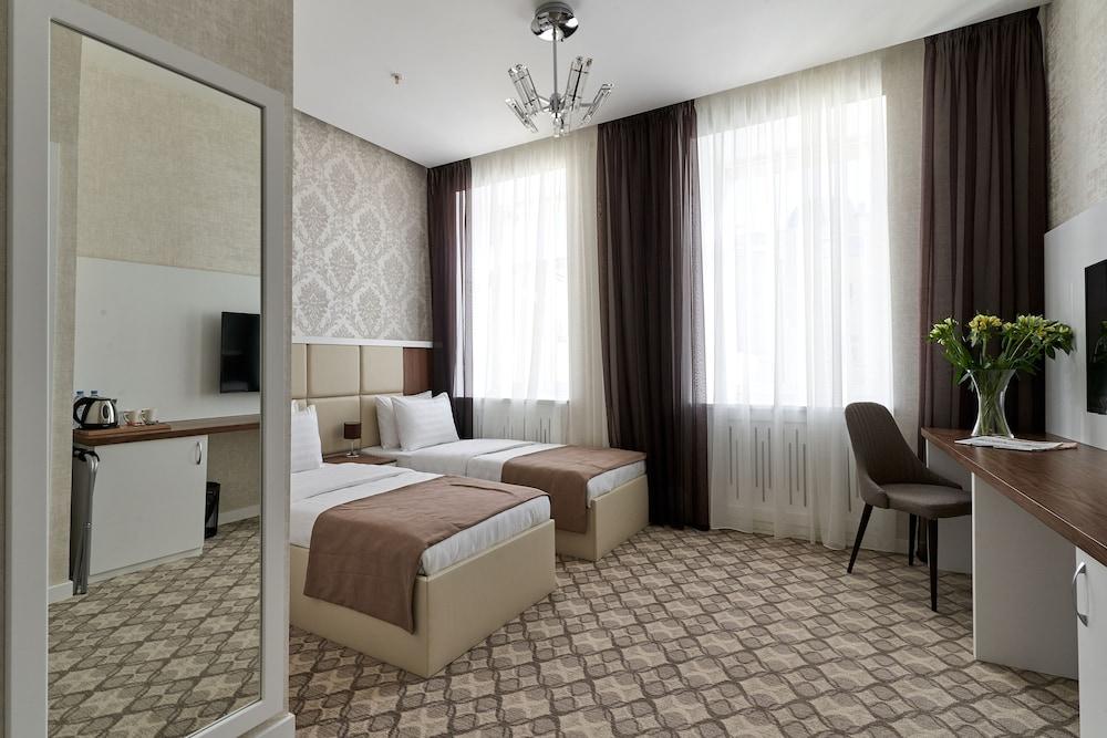 ARIUM HOTEL, Northern