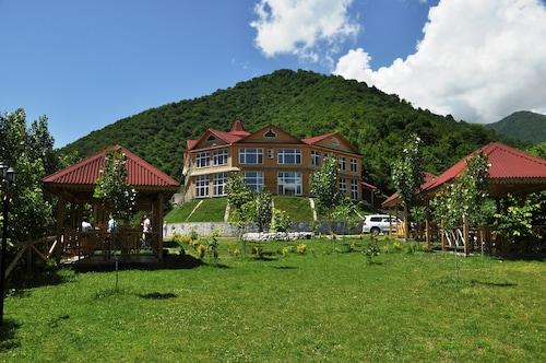 Kungut Hotel & Resort, Şəki