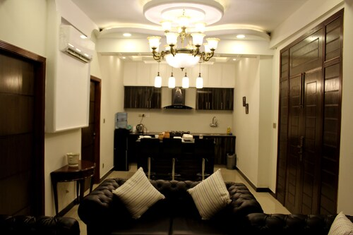 luxes Inn, Rawalpindi