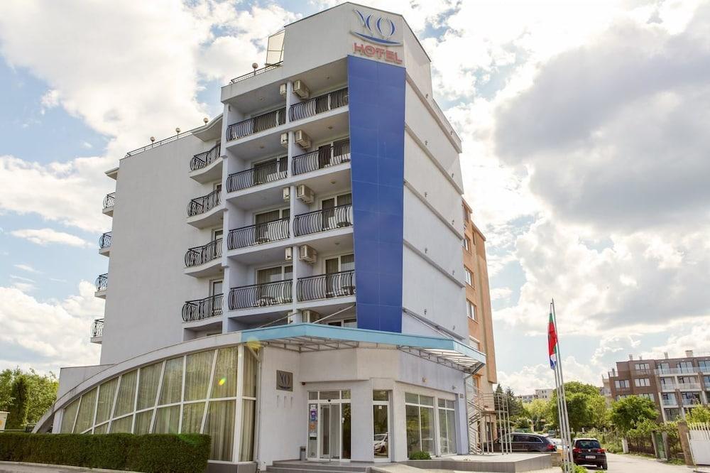 Hotel Yo