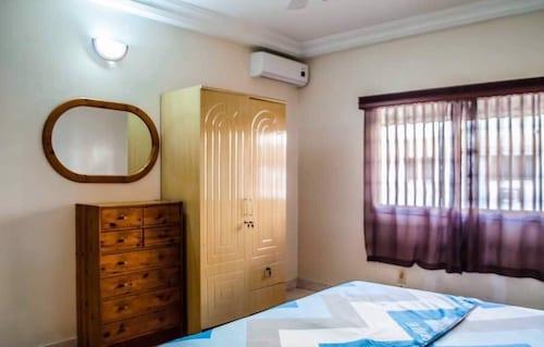 Dakar Apartments, Dakar
