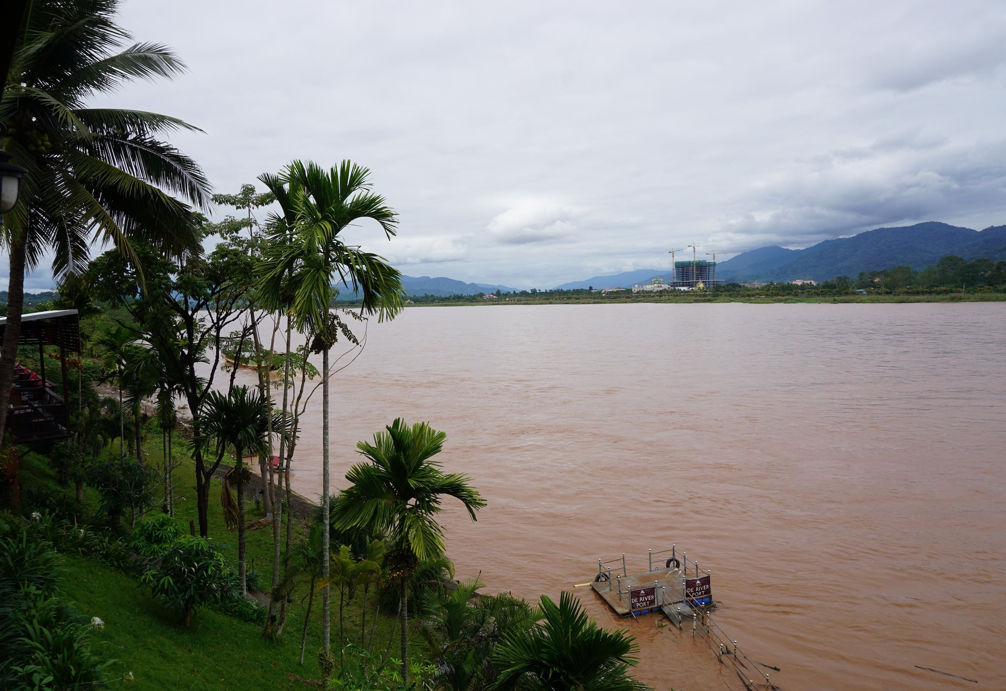 De River Boutique Resort, Chiang Saen