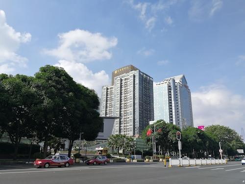 . Mamaya Apartment Hotel
