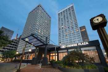 巴爾的摩內港皇冠假日飯店 Crowne Plaza Baltimore - Inner Harbor, an IHG Hotel