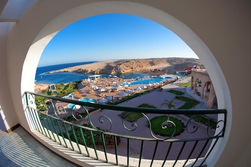 Al Nabila Grand Bay Resort, Safaja