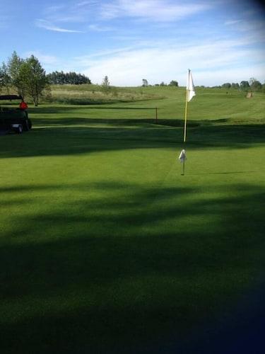 Breviken Golf & Hotell, Karlsborg