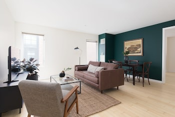Open Concept 2br In Downtown Crossing By Sonder 0 Miles From Emerson College