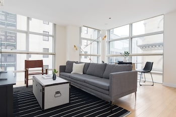 Sophisticated 2BR in Downtown Crossing by Sonder photo