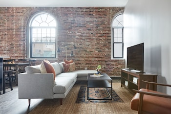 Delightful 4BR in Downtown Crossing by Sonder photo