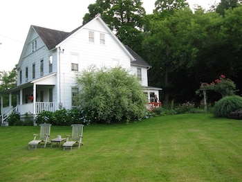 Hotel - Arbor Bed & Breakfast
