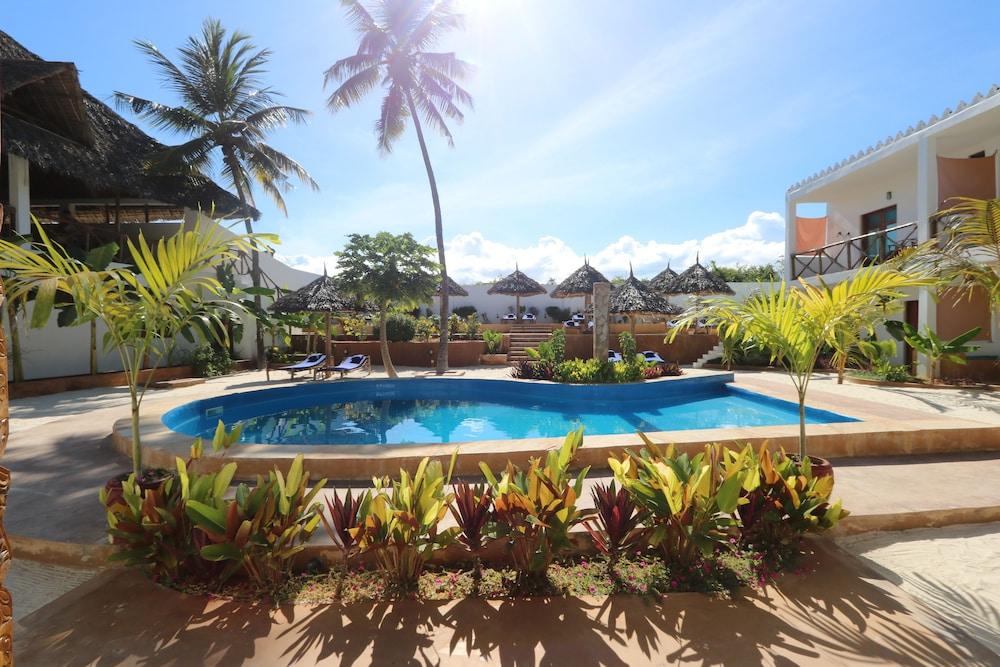 Kiganja Zanzibar, Featured Image
