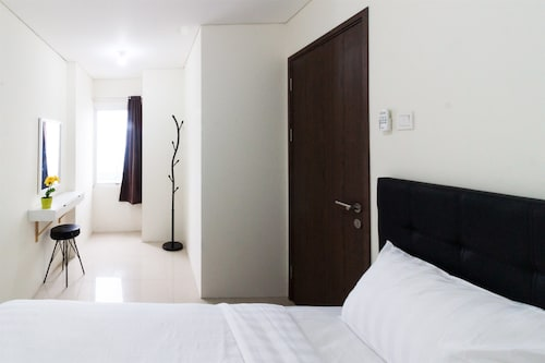 2 Bedrooms Apartment with Ancol Sea View By Travelio, Jakarta Utara
