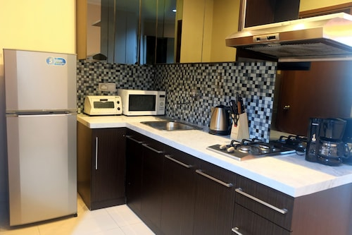 2 BR Central Location Sahid Sudirman Residence By Travelio, Jakarta Pusat