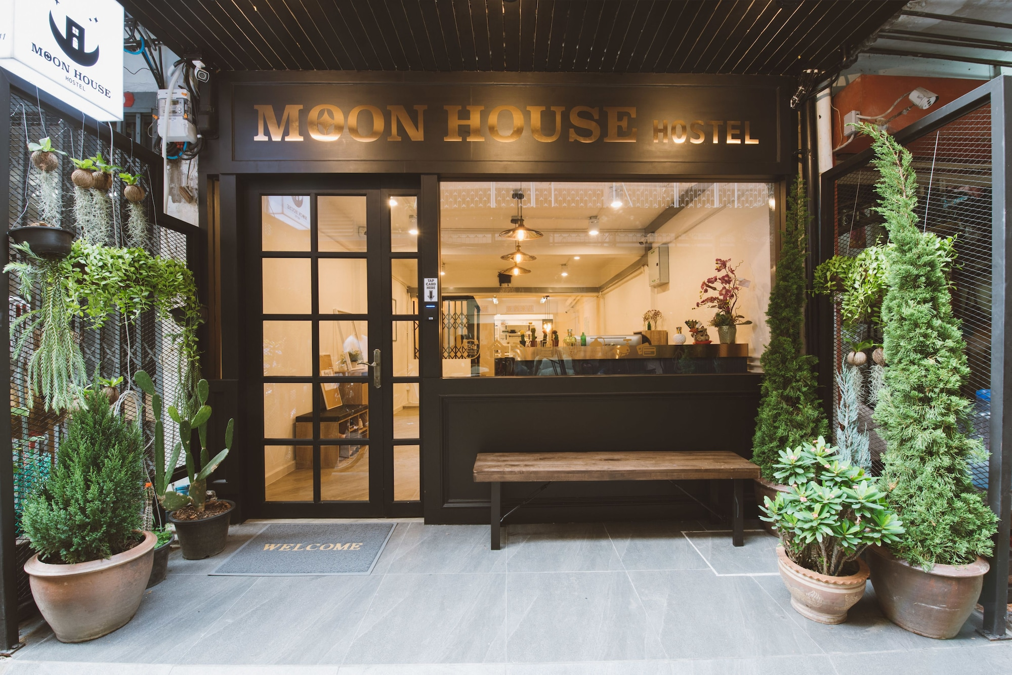 Moon House Hostel - Bangkok, Ratchathewi