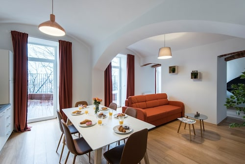 . Rehorova Apartments