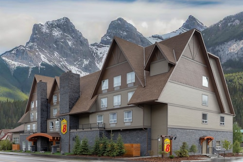 Super 8 by Wyndham Canmore, Division No. 15