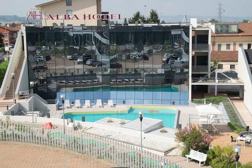 Alba Hotel, Cuneo