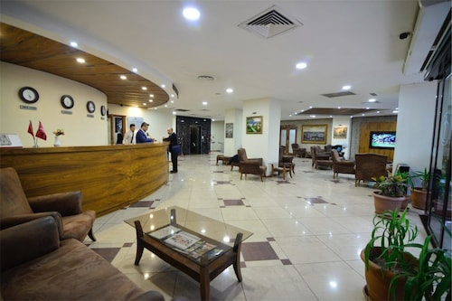 . Hizel Hotel