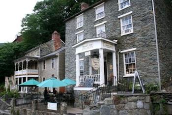 Hotel - The Town's Inn