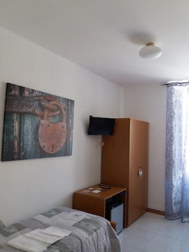 Domus Pacis Loreto - Casa per ferie, Ancona