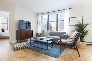 Spacious 1BR in Financial District by Sonder