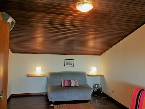 Discovery Apartment Carnaxide, Oeiras