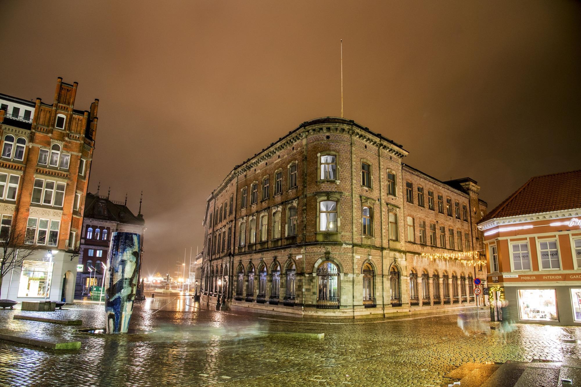 Opus XVI, Bergen