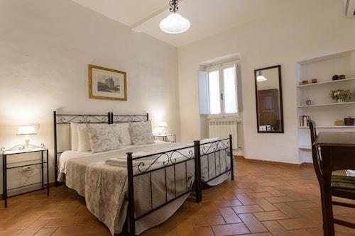 . Datini Apartment