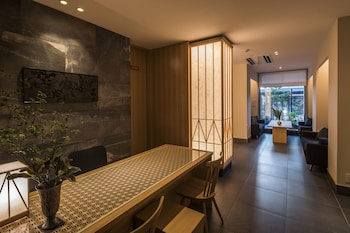 TOMOYA RESIDENCE HOTEL KYOTO NIJO TAKAKURA Reception
