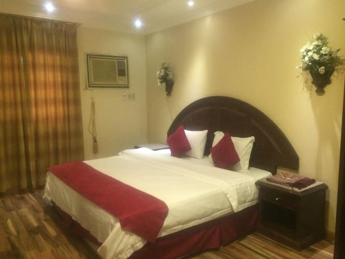 AlToot Palace Furnished Apartments 4,