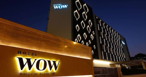 WOW Hotel, Indore