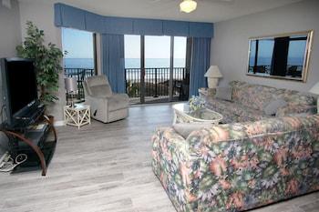 Living Area at Beach Club III by Elliott Beach Rentals in North Myrtle Beach