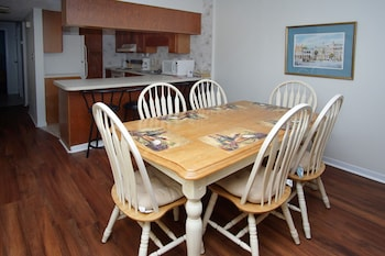 In-Room Dining at Crescent Sands of Windy Hill by Elliott Beach Rentals in North Myrtle Beach