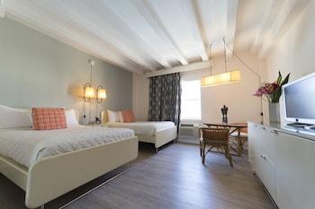 Standard Double Room, 2 Double Beds, Ocean View
