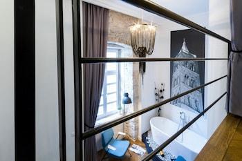 DeZign Apartments