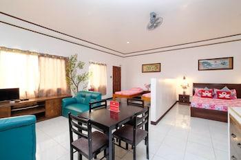 ZEN ROOMS MAHOGANY UPLAND DUMAGUETE Guestroom